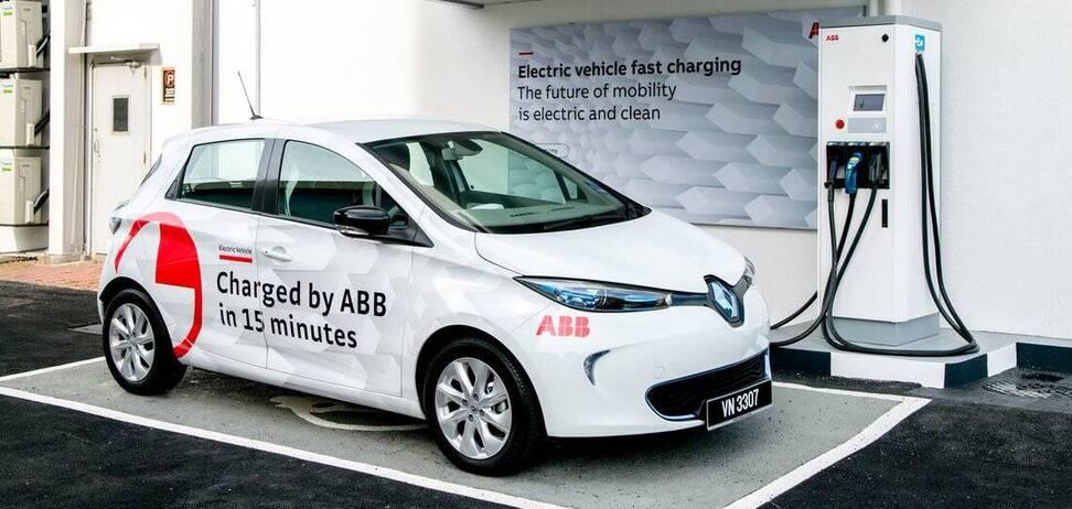 Электромобили теряют свою энергию даже во время зарядки: цифры впечатляют