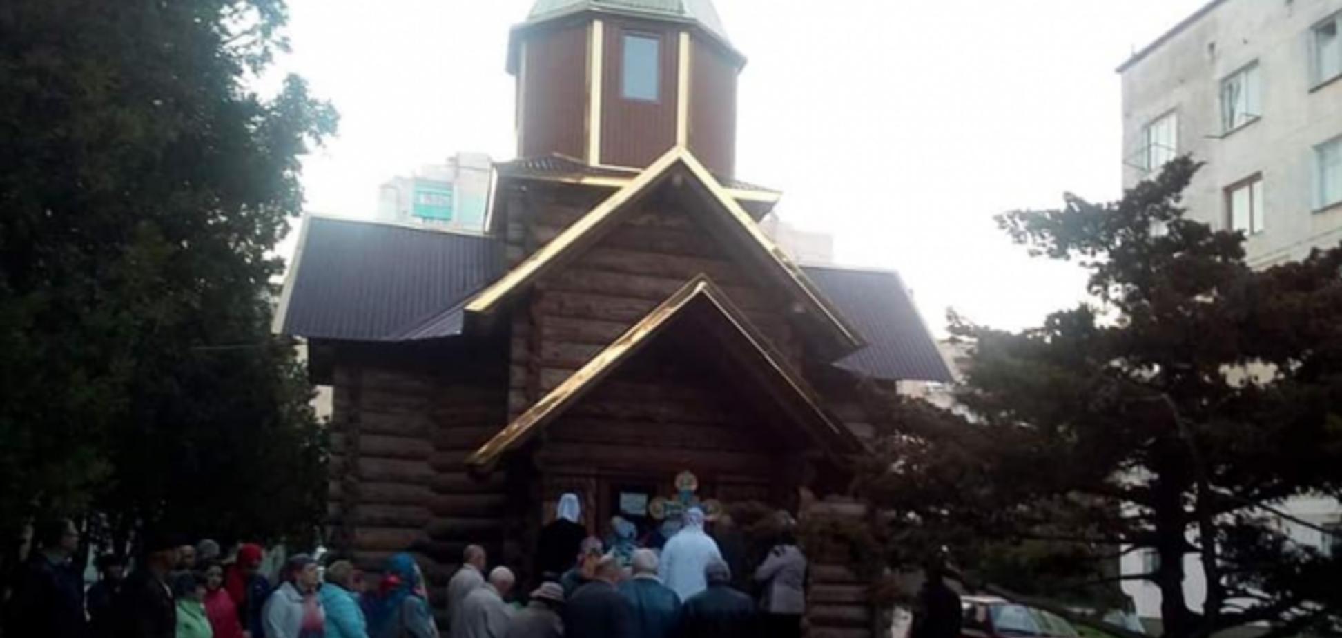Архієпископ Климент отримав постанову 'кримського суду' про знесення храму ПЦУ в Євпаторії