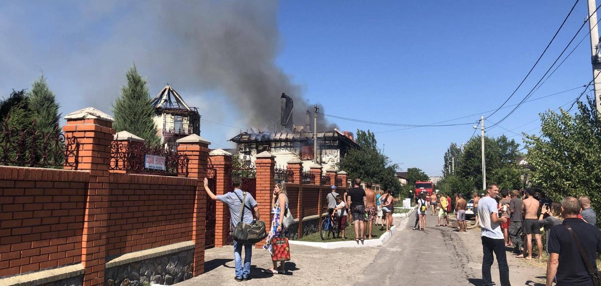 На вул. Курортній згорів готель