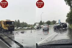 В Киеве произошло масштабное ДТП с грузовиком
