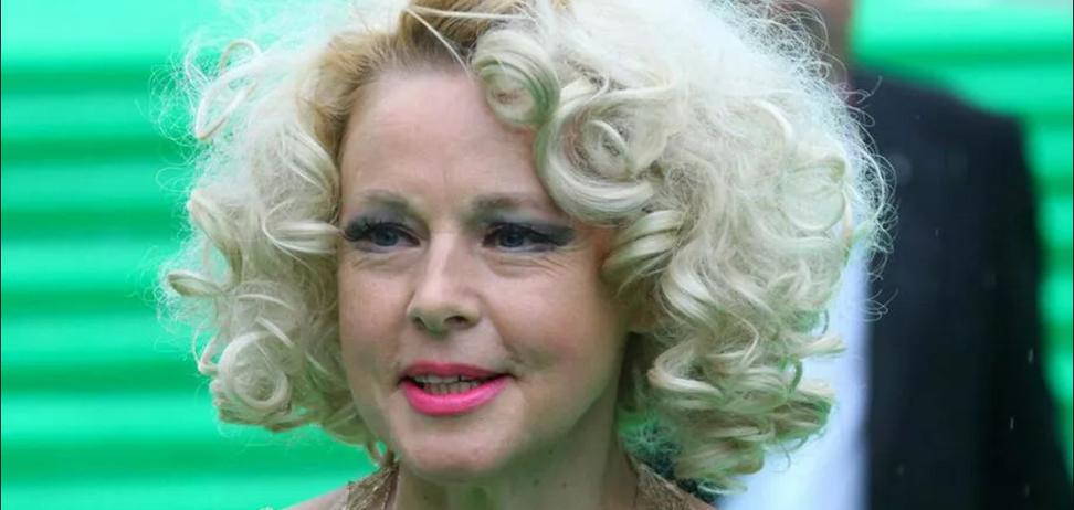 Секс-символ СССР Елену Кондулайнен экстренно госпитализировали
