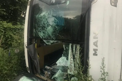 Опубликован момент столкновения автобуса с фурой под Киевом
