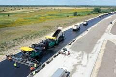 'Велике будівництво': опубликованы фото строительства трассы, которая 'сшивает' Украину