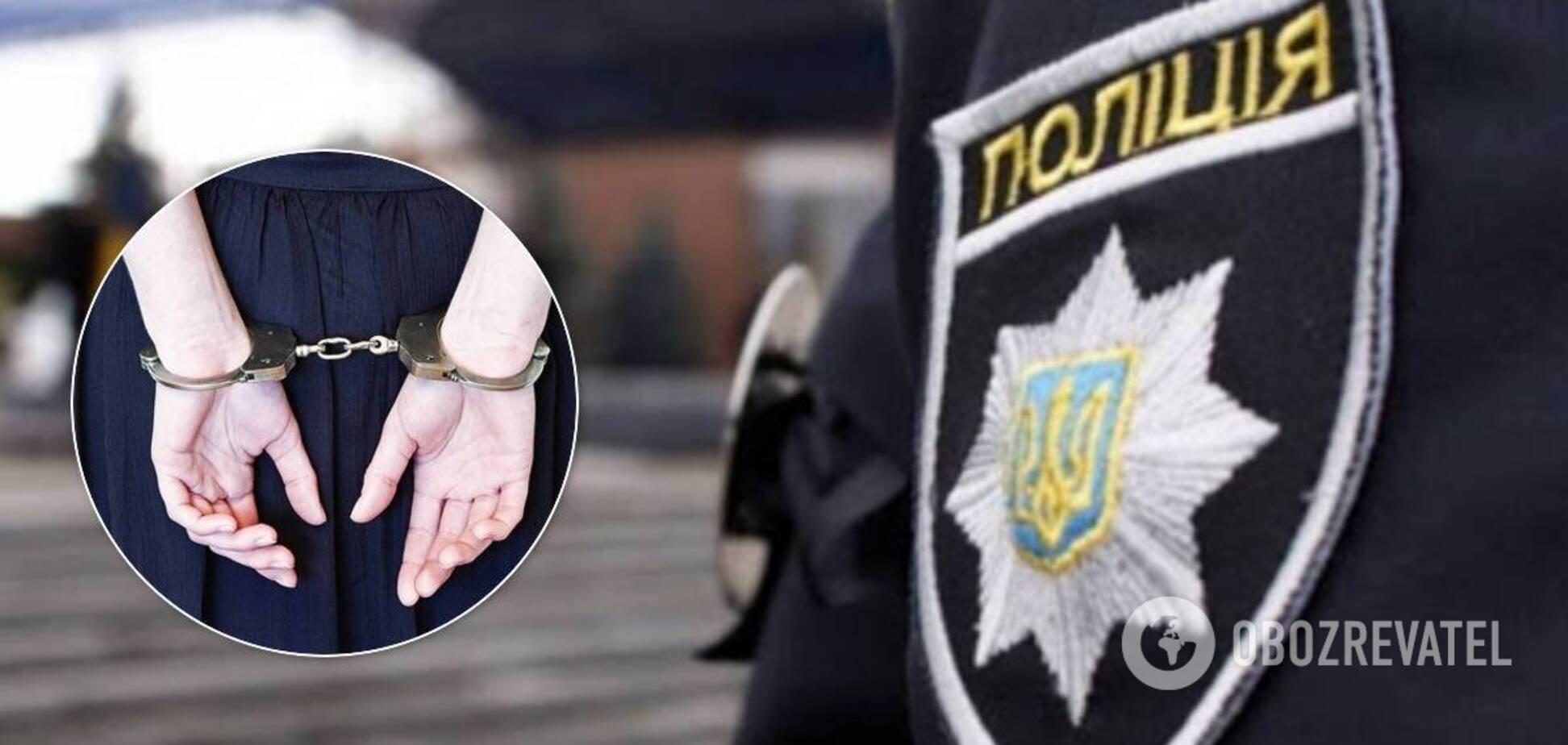 У мережу злили відео жорсткого затримання копами жінок на Полтавщині: у поліції його спростували