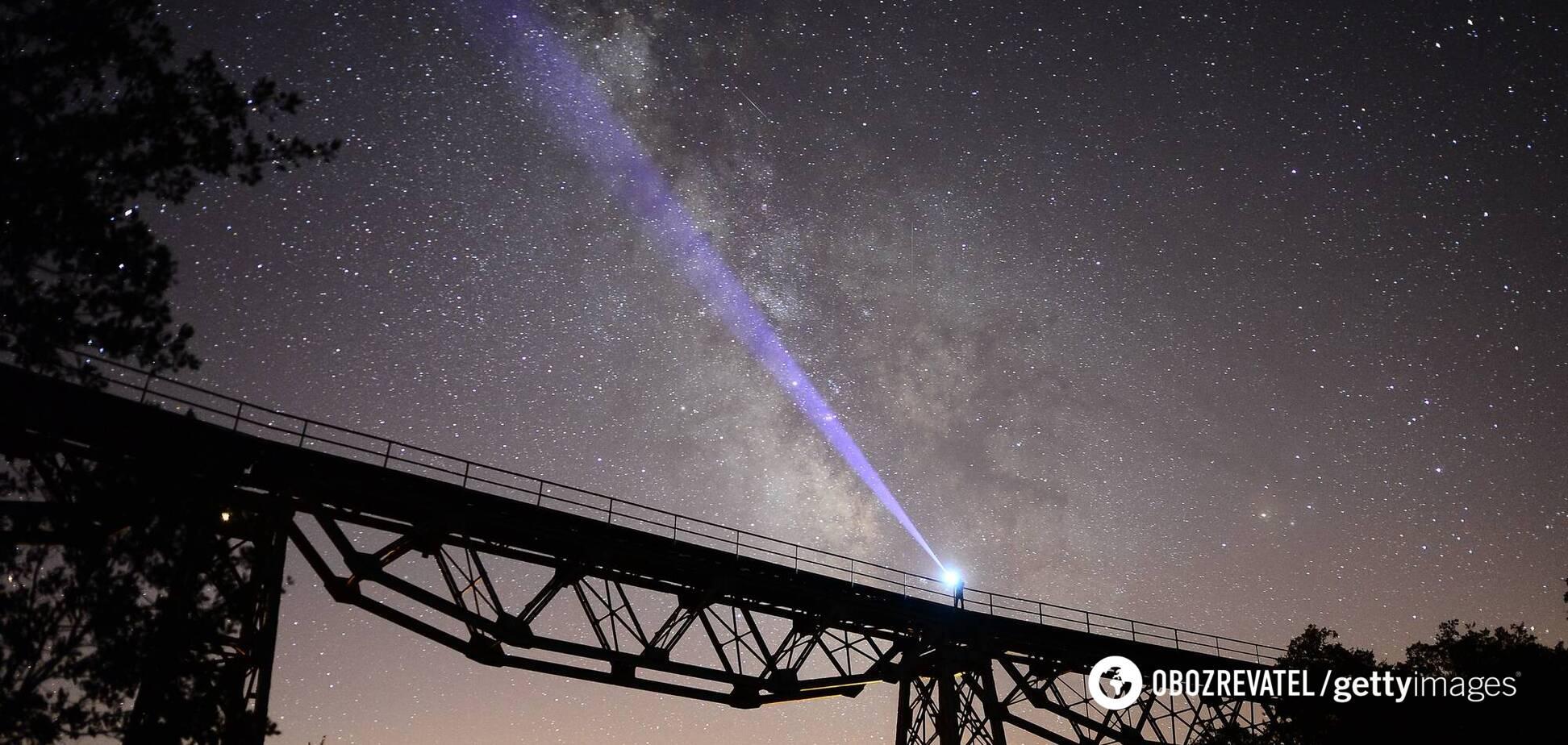У кінці літа в нічному небі можна буде спостерігати чотири різних зорепади
