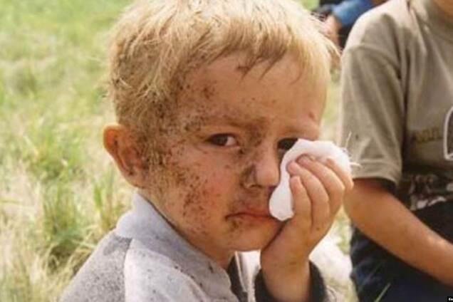 Трирічний Остап Хміль, мати якого, Галина Хміль, загинула в Скнилівській катастрофі, закривши собою сина