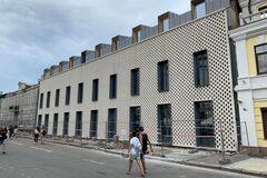 Подол уродуют не современные здания, а заброшенные бомжатники