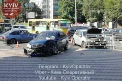 У Києві під Міністерством оборони відбулася серйозна ДТП
