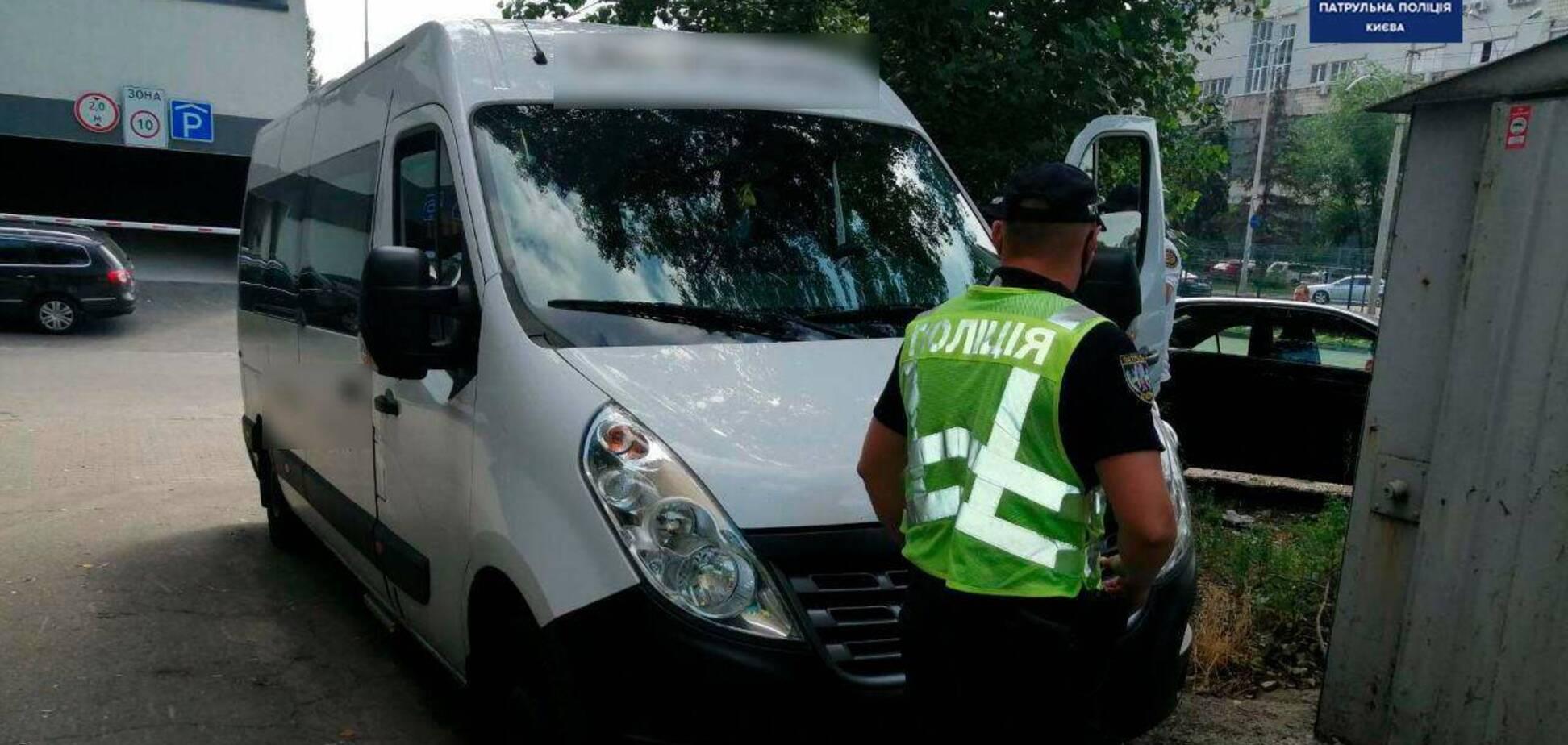 У Києві патрульні спіймали п'яного водія автобуса