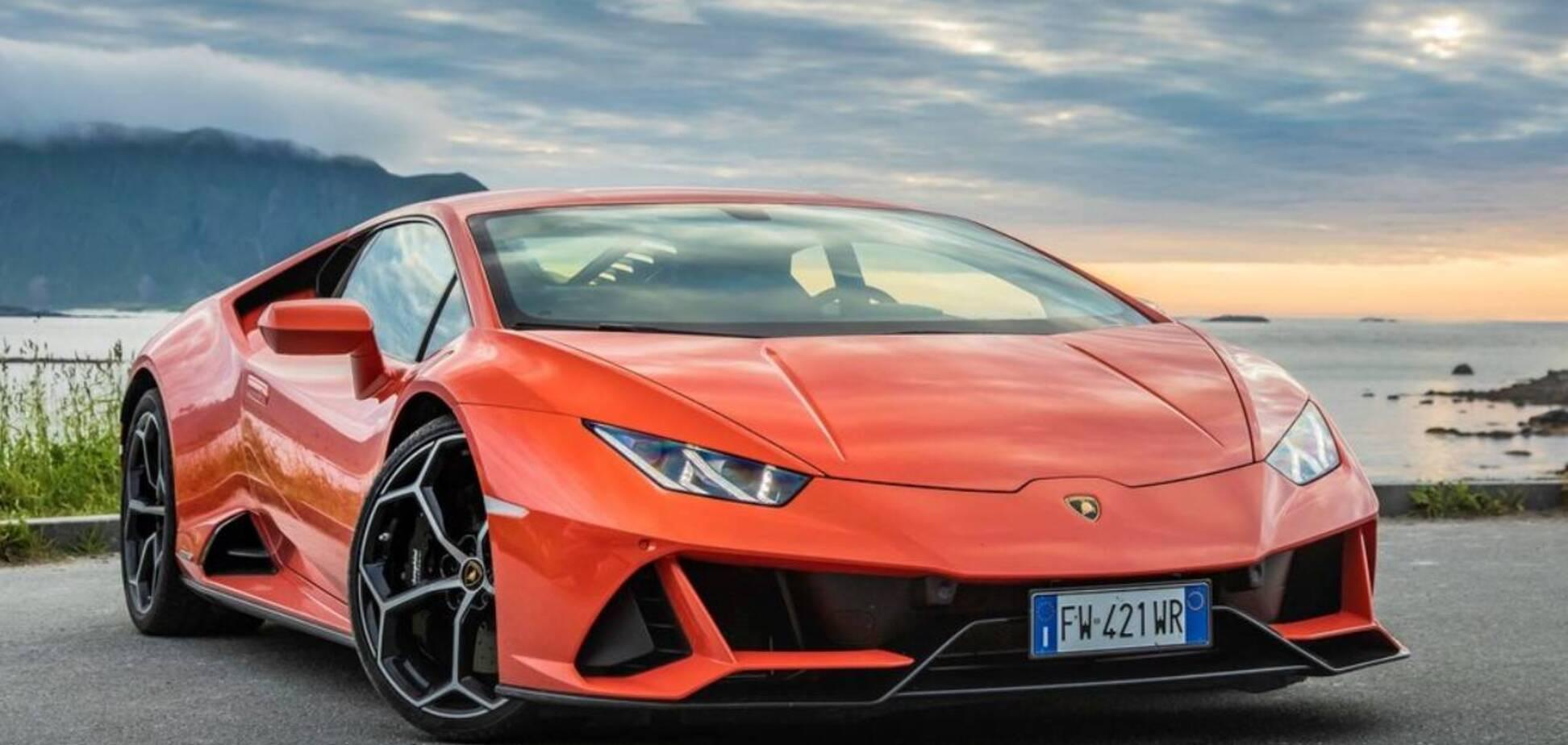 Американец купил суперкар на государственные деньги. Фото: Lamborghini