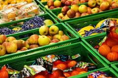 Варто зробити акцент на їжі з високим вмістом антиоксидантів, колагену, мінералів
