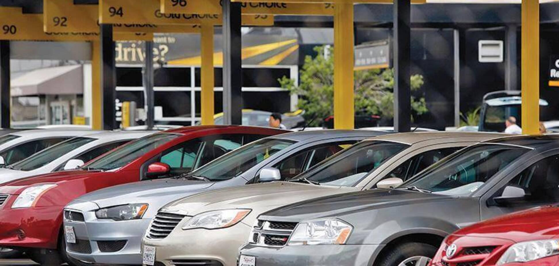Потік недорогих та не битих авто із США може хлинути в Україну до кінця року