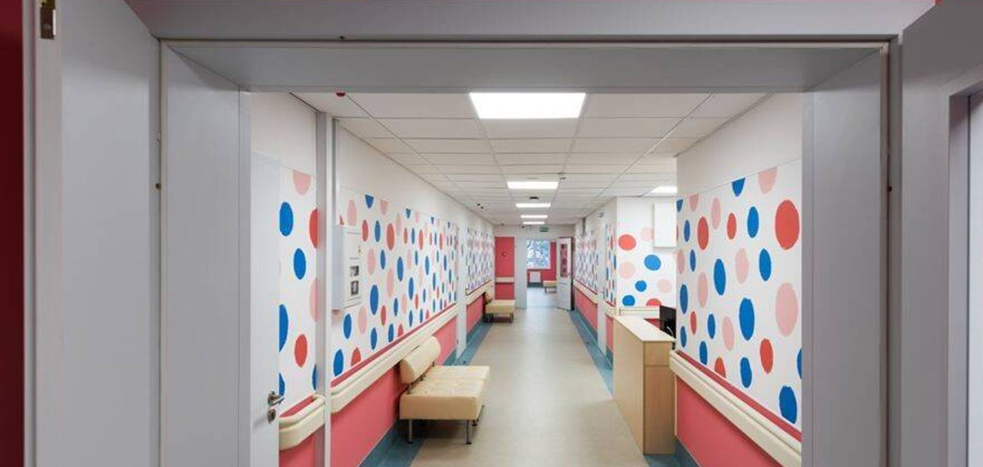 От больницы Руднева в Днепре до Охматдета в Киеве: как выглядят лучшие детские клиники