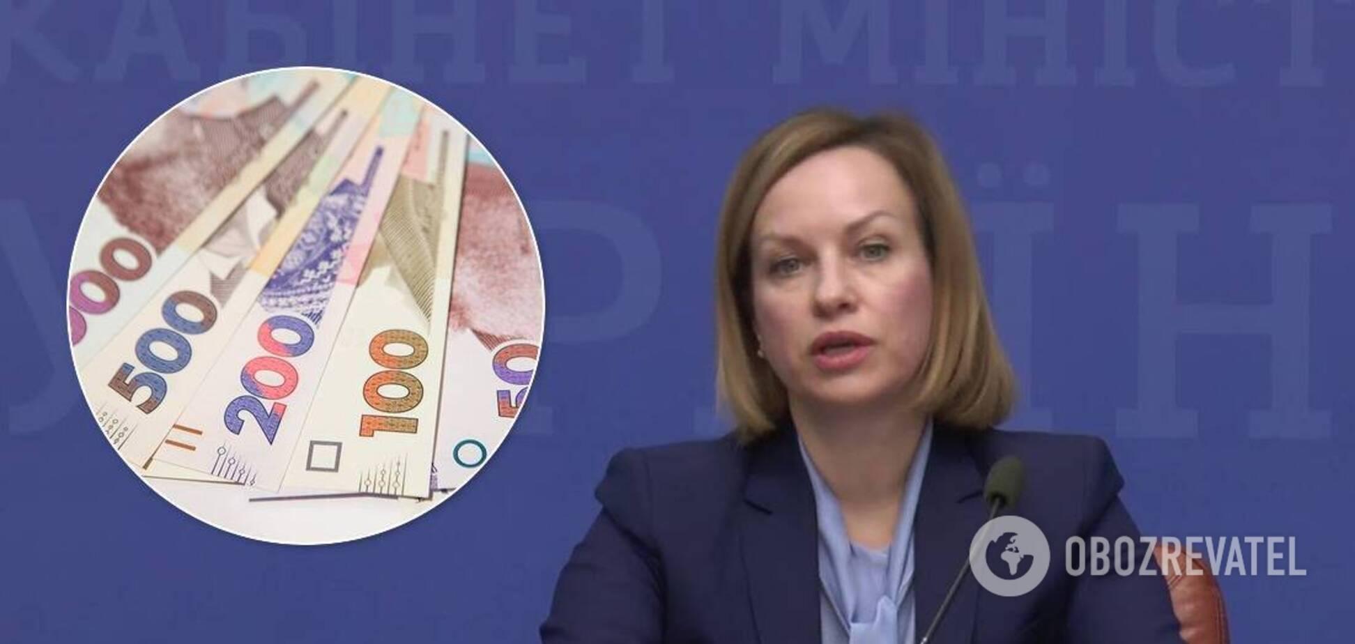Зарплата Марины Лазебной
