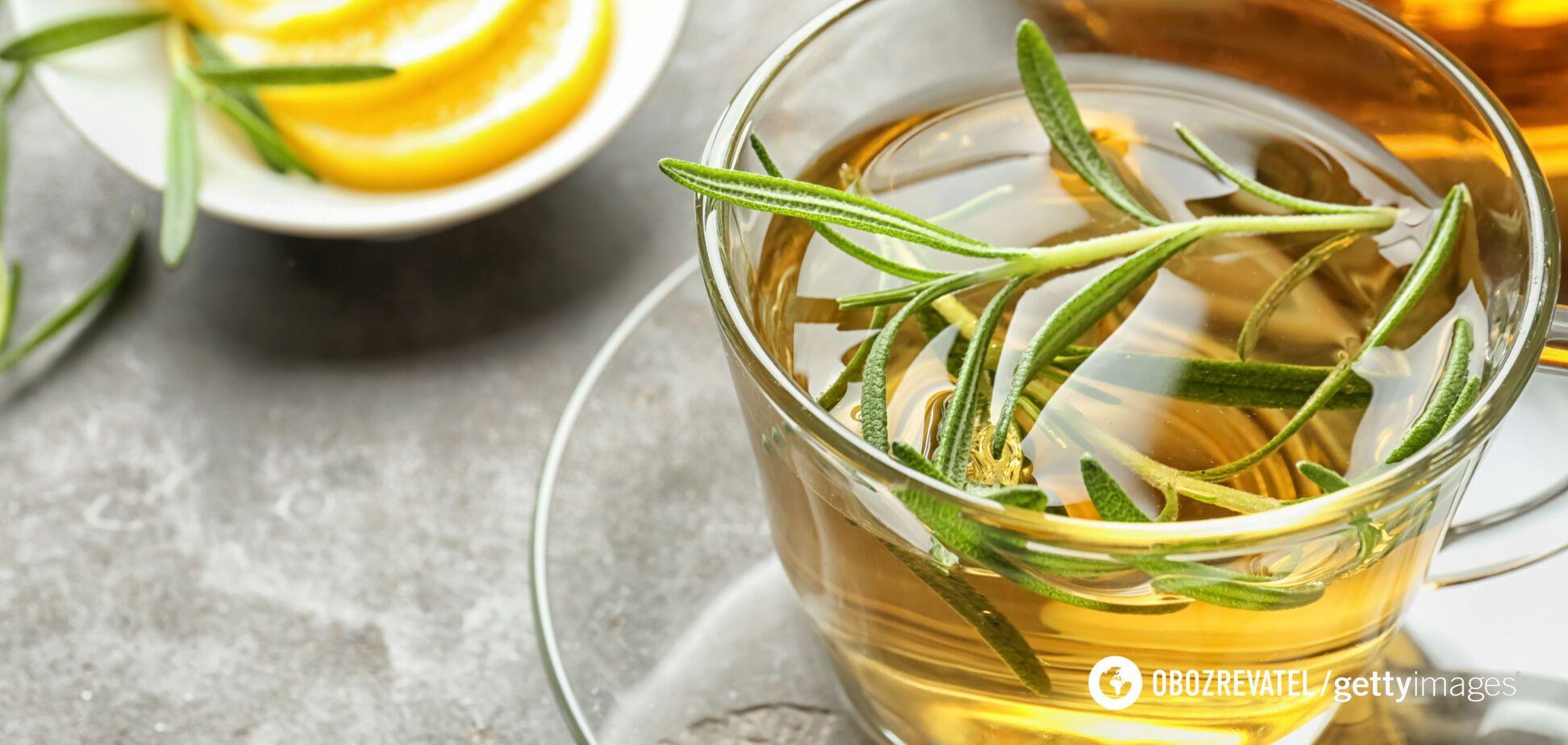 Чай з розмарином допомагає поліпшити травлення