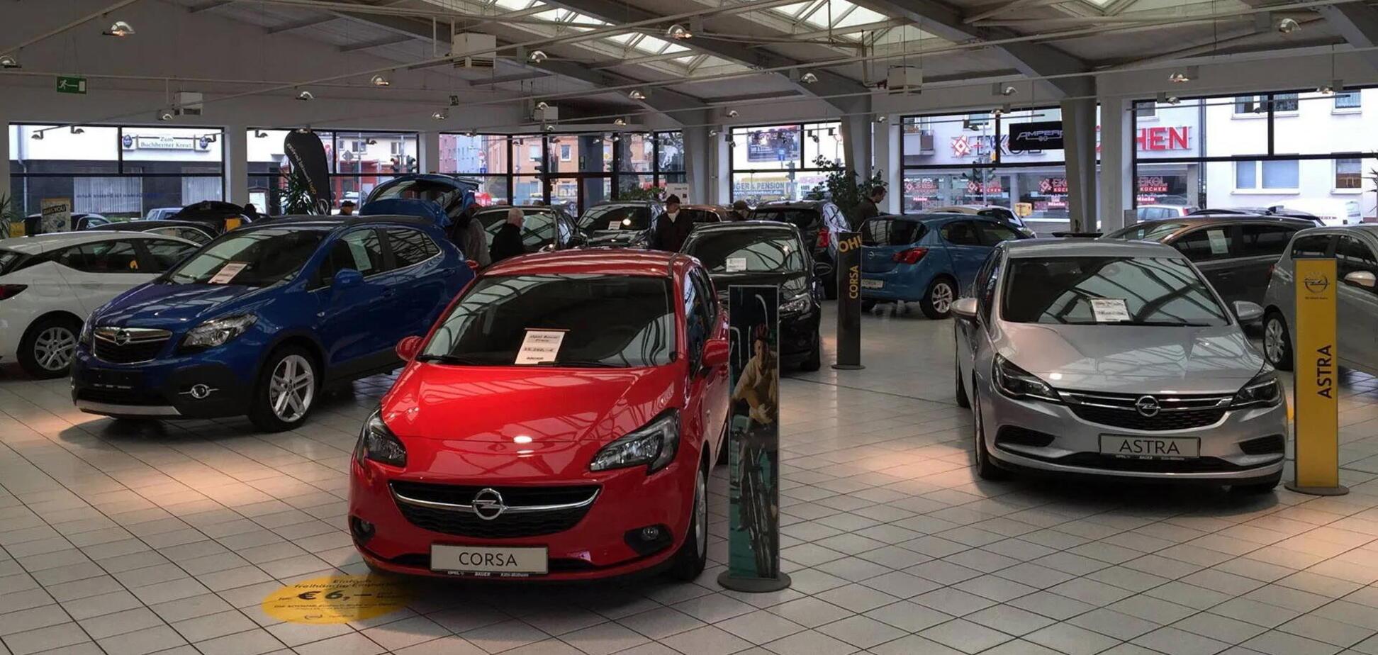 В Германии бьют тревогу: продажи новых авто упали на 40%