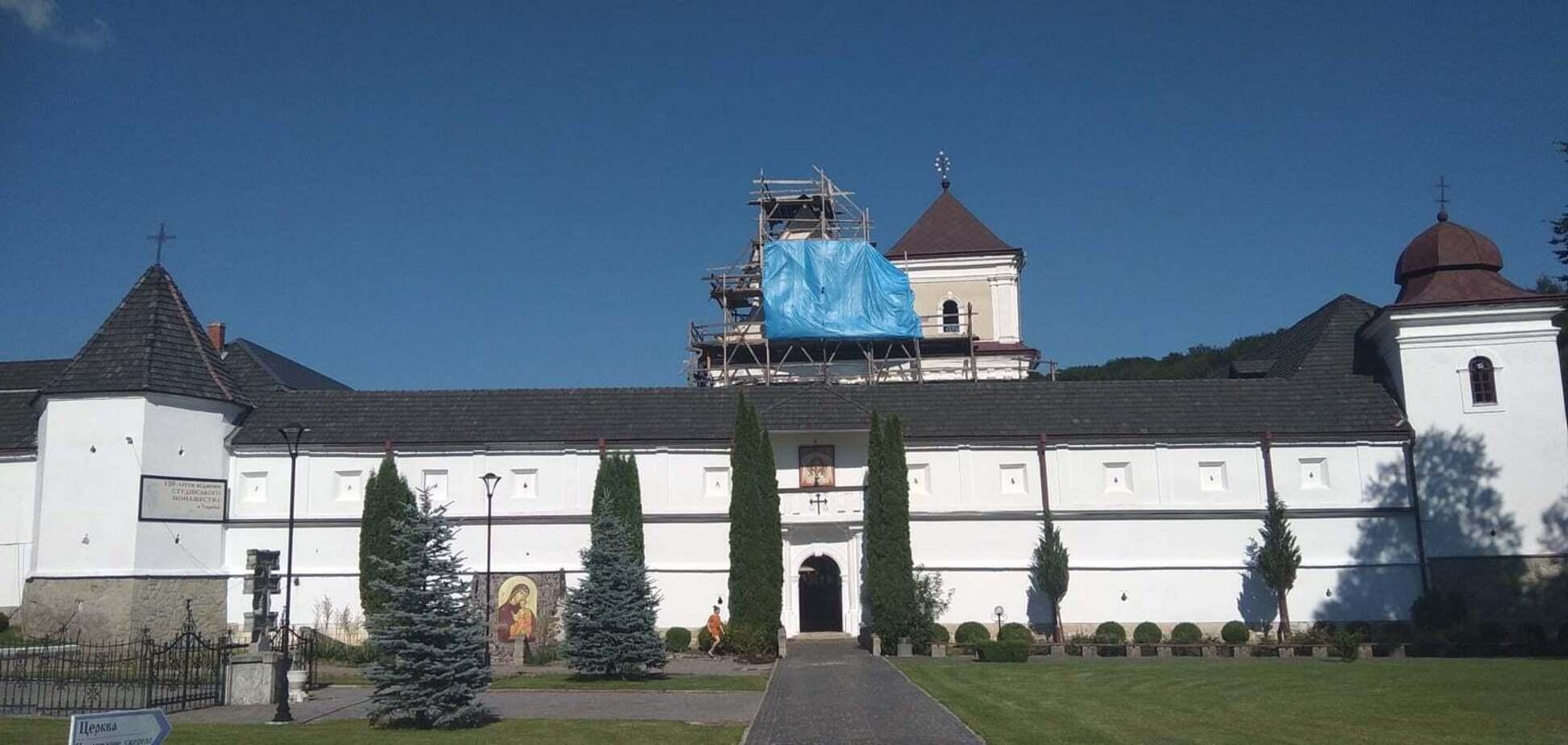 Святоуспенскую лавру на Львовщине закрыли на карантин из-за вспышки COVID-19