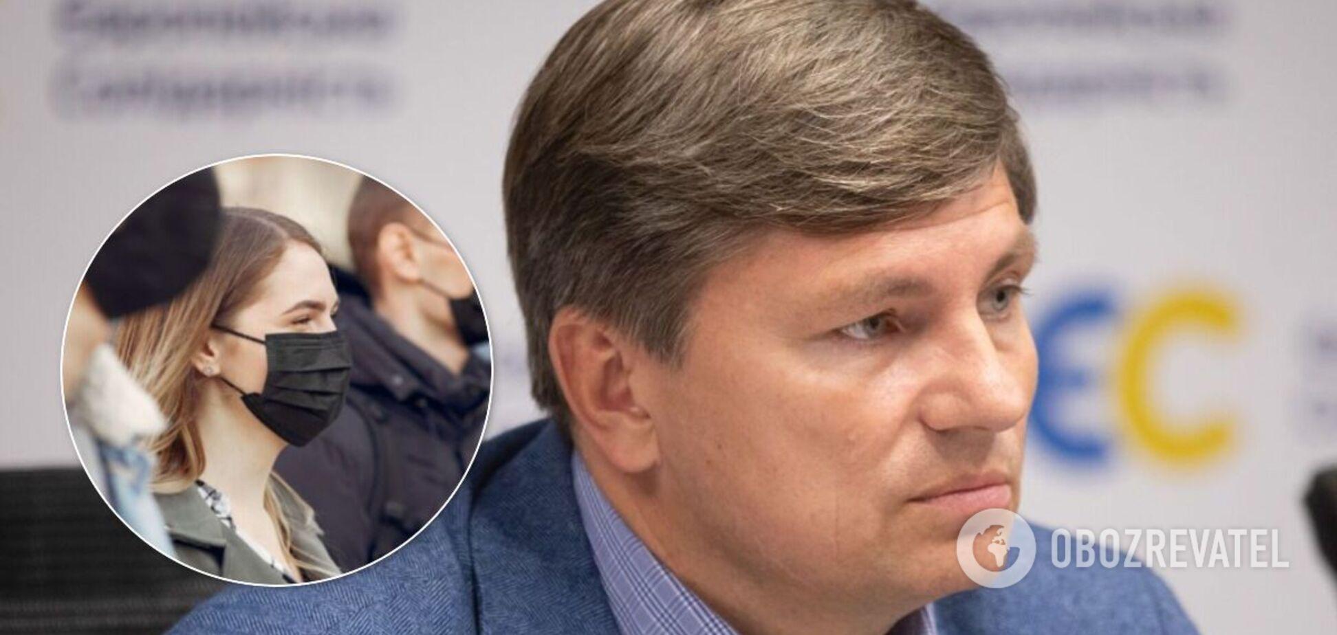 У Порошенка вимагають позачергового засідання Ради через COVID-19 в Україні