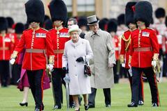У охранника королевы Елизаветы II обнаружили наркотики
