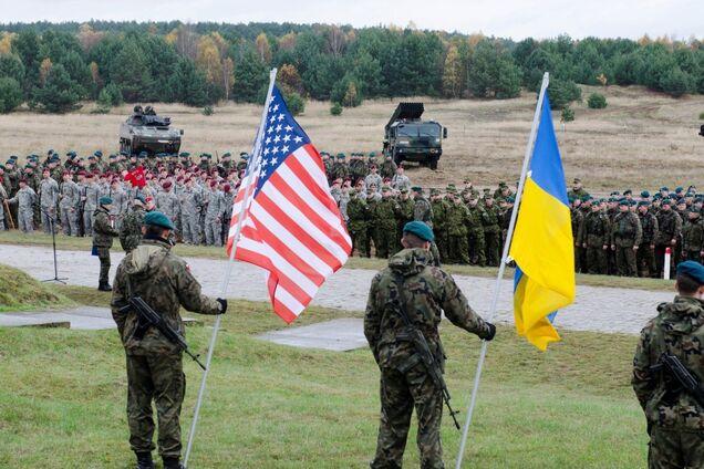США хотят пять лет выделять масштабную военную помощь Украине: представлен законопроект