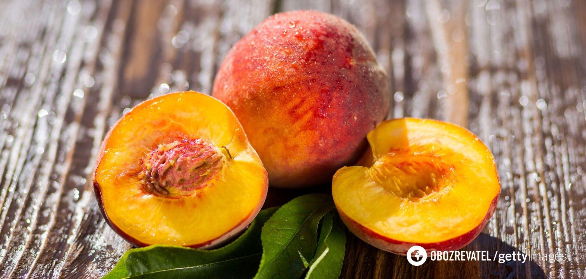 Персики сприяють поліпшенню стану шкіри