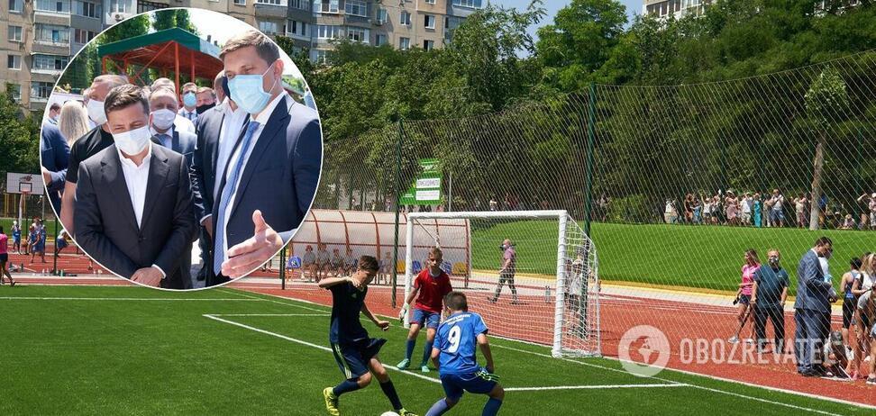 Зеленський в Одеській області відкрив стадіон, який не ремонтували з 1979 року