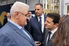 Сергей Сивохо считает, что окружение Владимира Зеленского все больше его закрывает