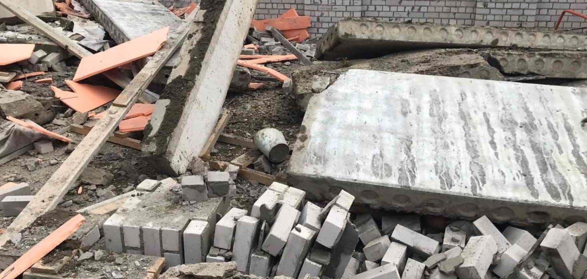 В городе Зуевка обвалились перекрытия на стройке ТЦ