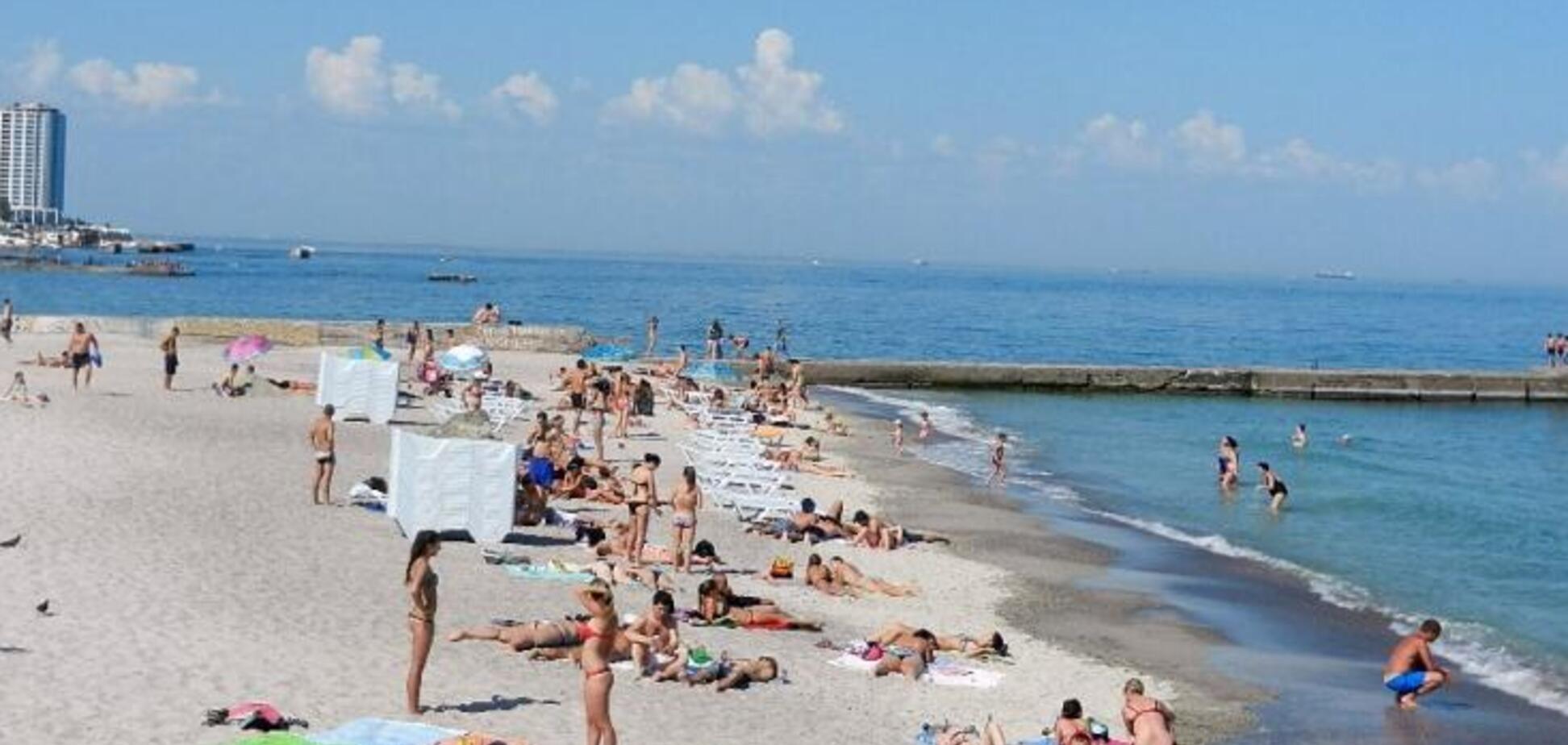 На всіх пляжах Одеси виявили кишкову паличку