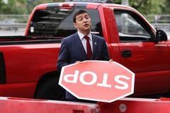 В Украине за $11 000 продают авто, на котором ездил Зеленский