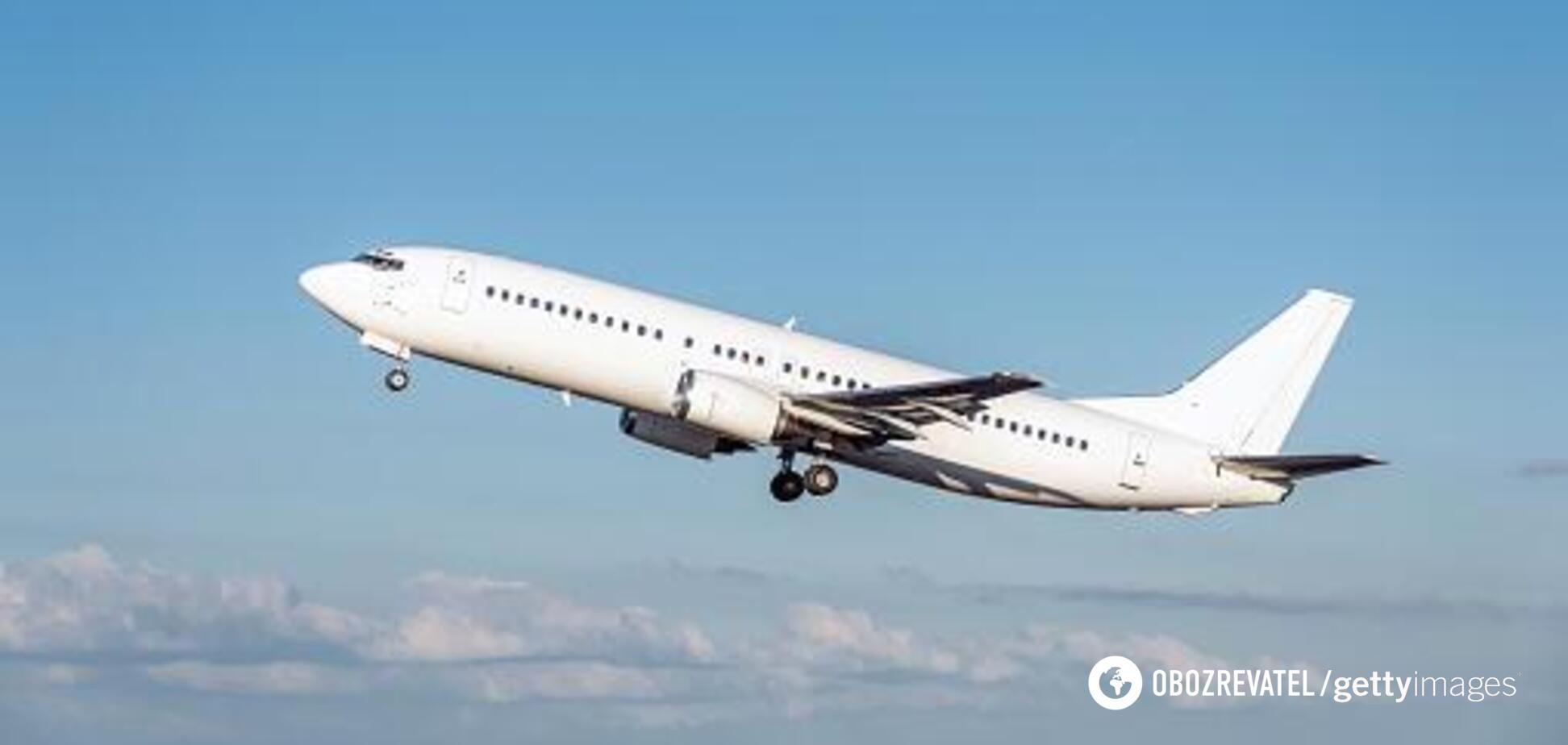 У Криму екстрено сів Boeing