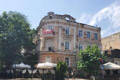 В Одесі може зруйнуватись пам'ятник архітектури через незаконне будівництво