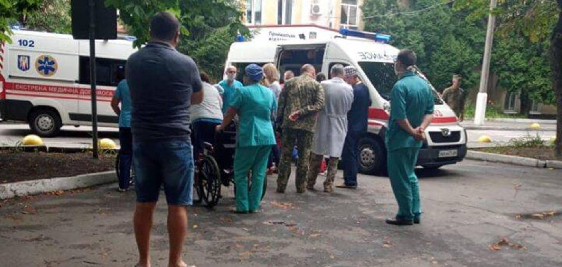 В Киев прибыл борт с ранеными героями Донбасса: волонтер просит помочь