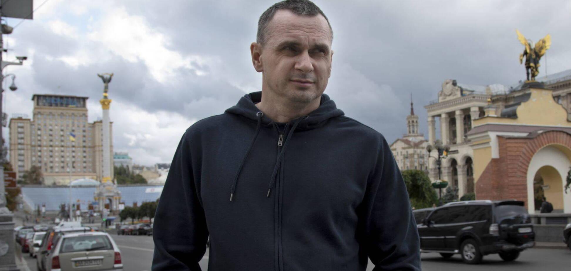 Сенцов розкиткував попытки Зеленского посадить Порошенко (фото: Новая газета)