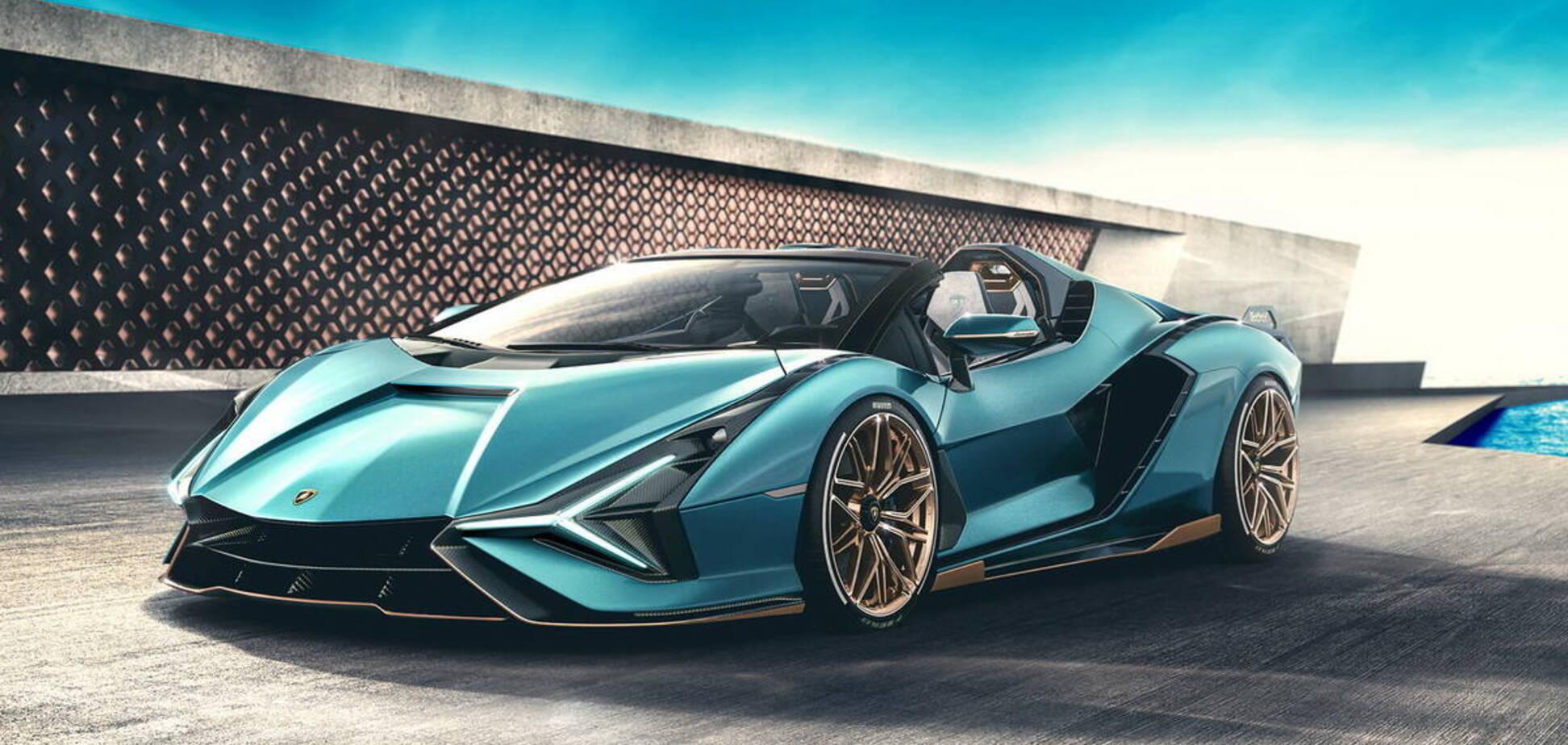 У гібридного Lamborghini відняли дах