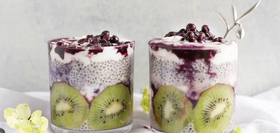 Что нельзя есть по утрам: названы худшие варианты 'полезных' завтраков
