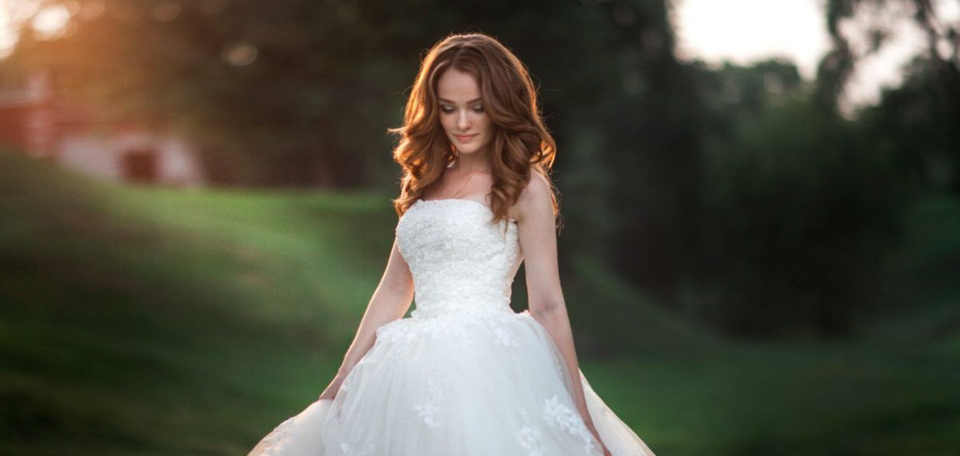 В России девушка женилась сама на себе. Иллюстрация