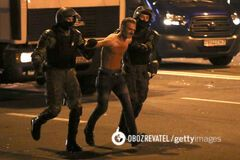 Акции протеста в Минске разгоняли пулями, гранатами и водометами. Видео с пострадавшими