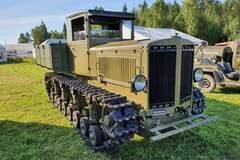 Грузовик 'Коминтерн' основан на шасси танка Т-24. Фото: firstgear.ua