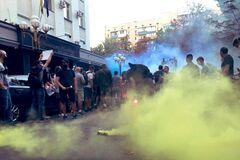 Под Офисом генпрокурора требовали отставки Венедиктовой (фото: facebook Виталия Овчаренко)