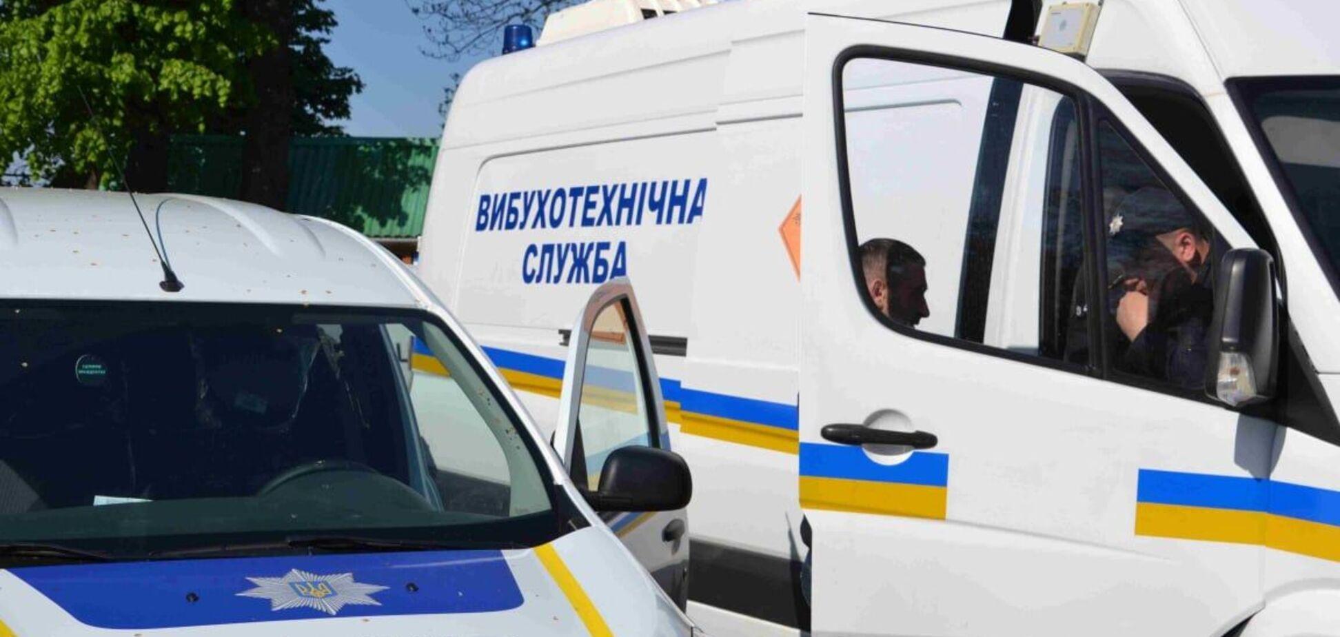 У Києві шукають вибухівку у кількох посольствах