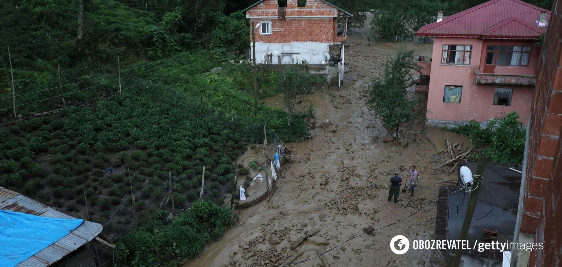 У Росії в результаті сильної зливи змило будинок