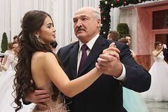 Александр Лукашенко с возможной любовницей Марией Василевич