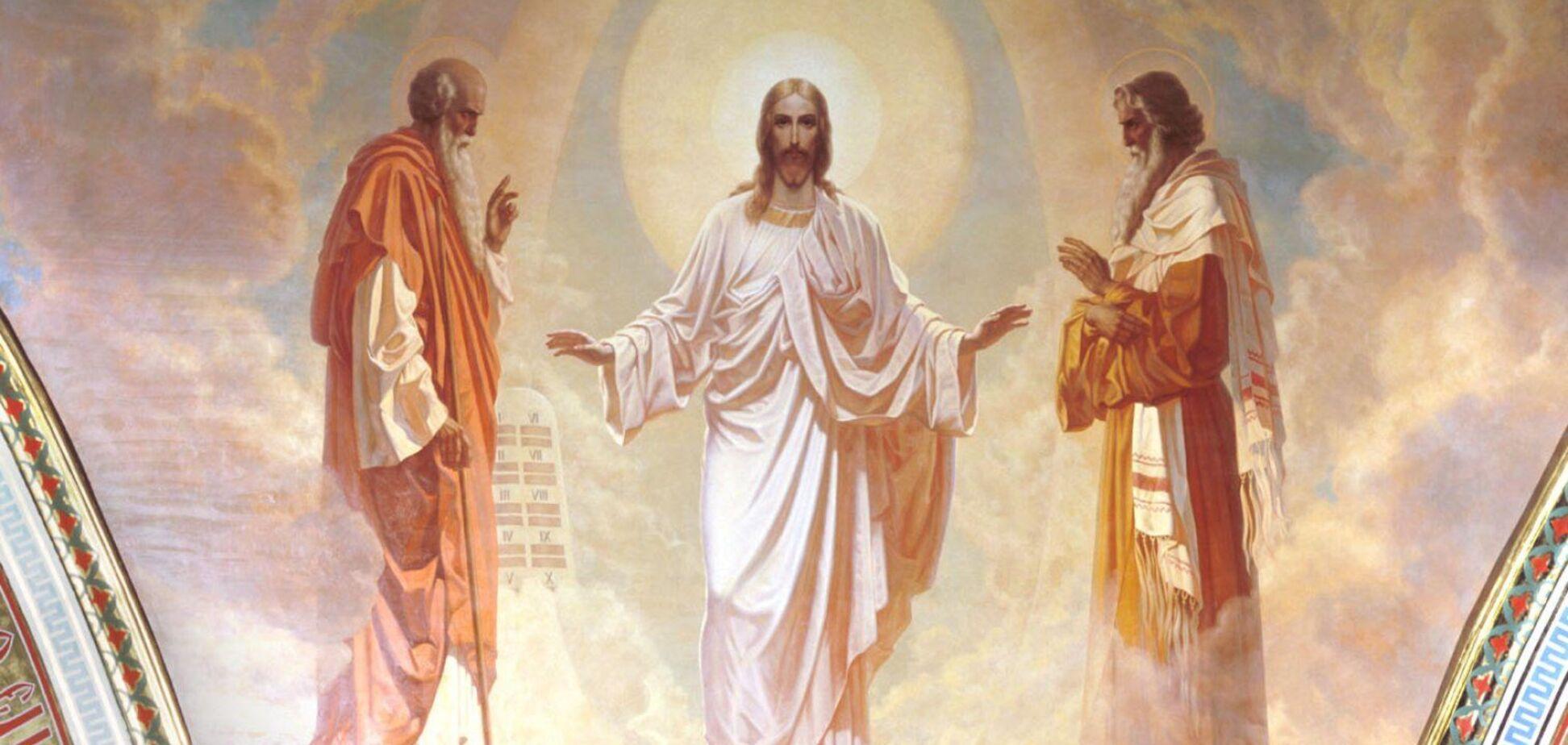 Преображение Господне относится к двунадесятым праздникам (важнейшим после Пасхи)