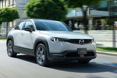 Mazda внезапно 'залила' в свой первый электромобиль бензин