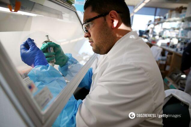 Ізраїль восени почне випробування вакцини від COVID-19 на людях