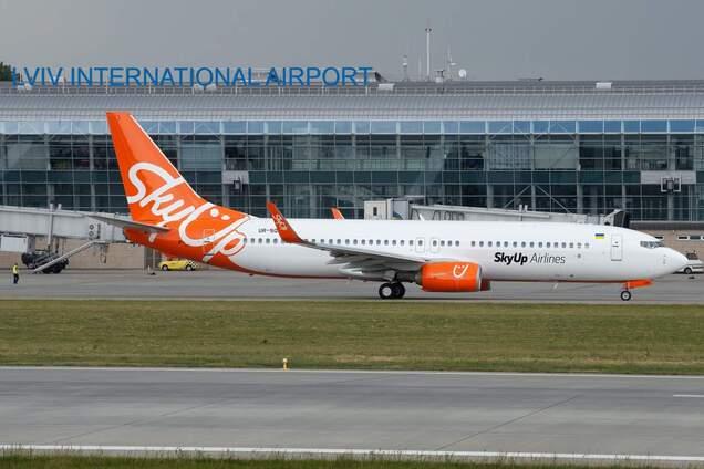 SkyUp обновила программу полетов на осень и зиму