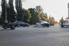 Тысячи киевлян потребовали решить проблему с парковками. Видео