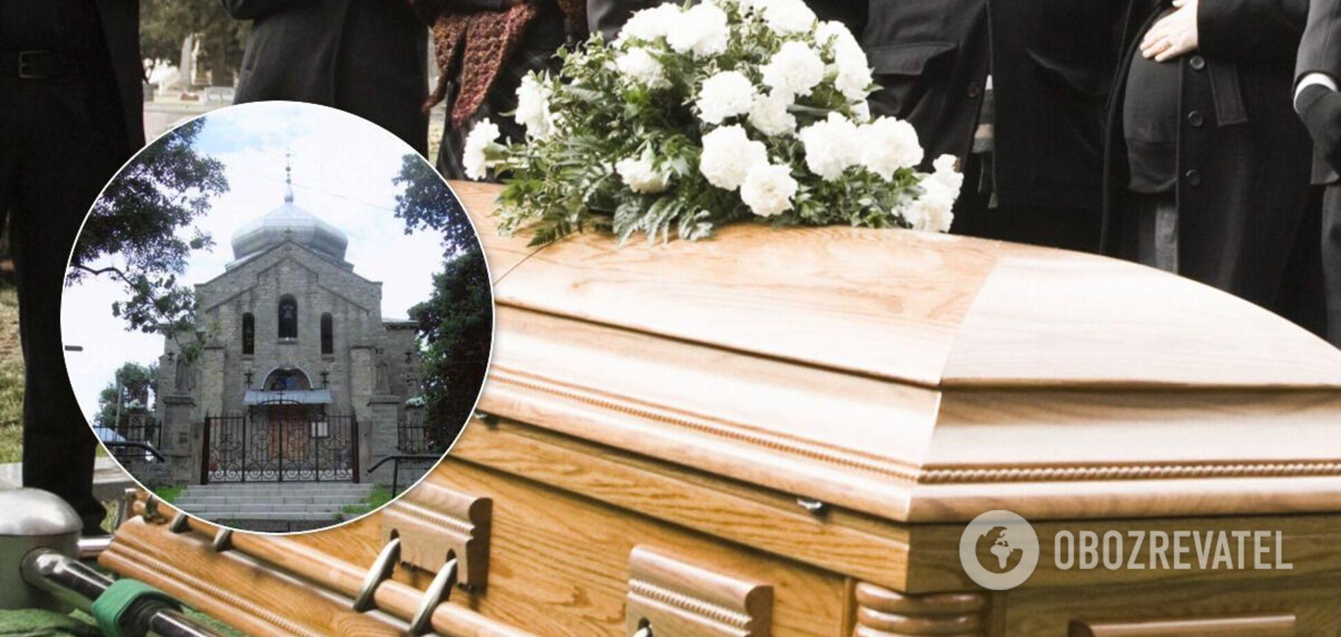 Перед похоронами у родных требуют заплатить долги