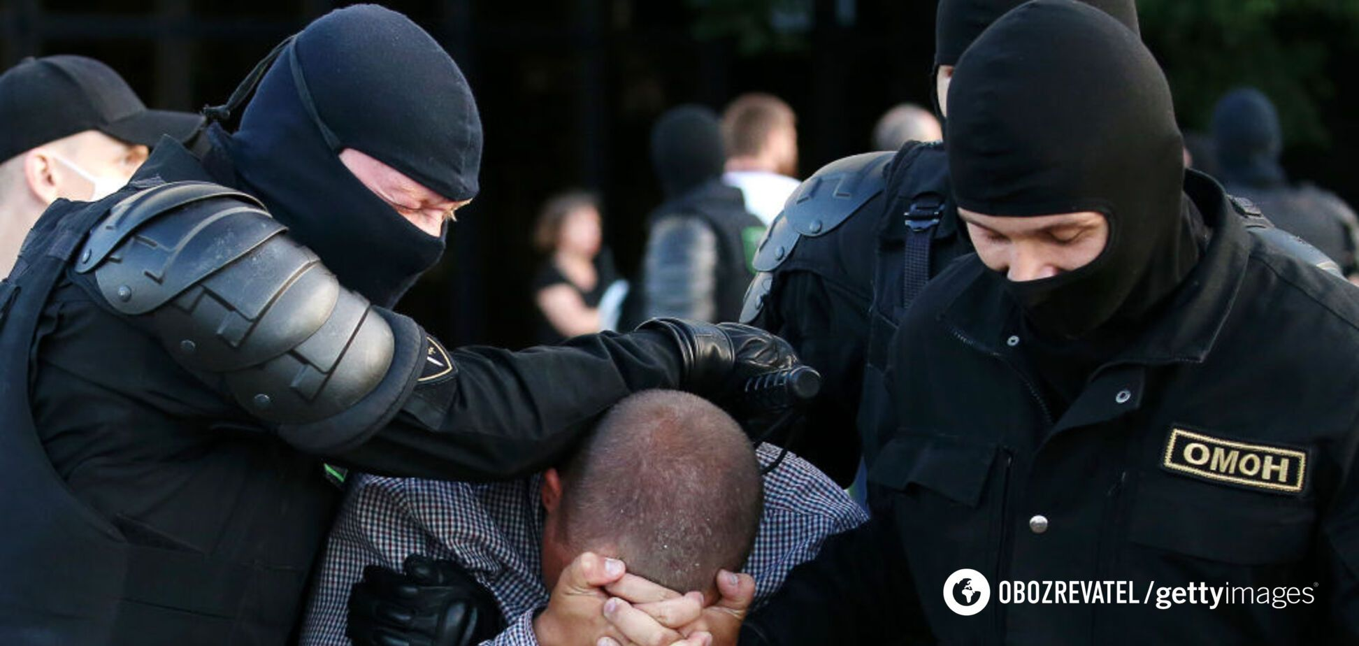 ОМОН избивает протестующих на улицах Минска